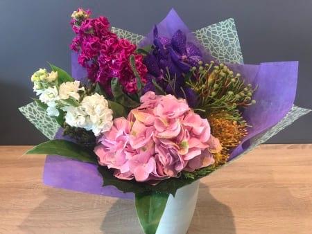 A nice simple mix of seasonal flowers