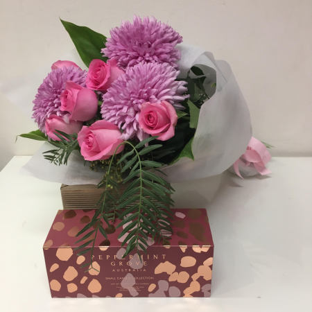 Mothers Day Special  floral & Gift Set